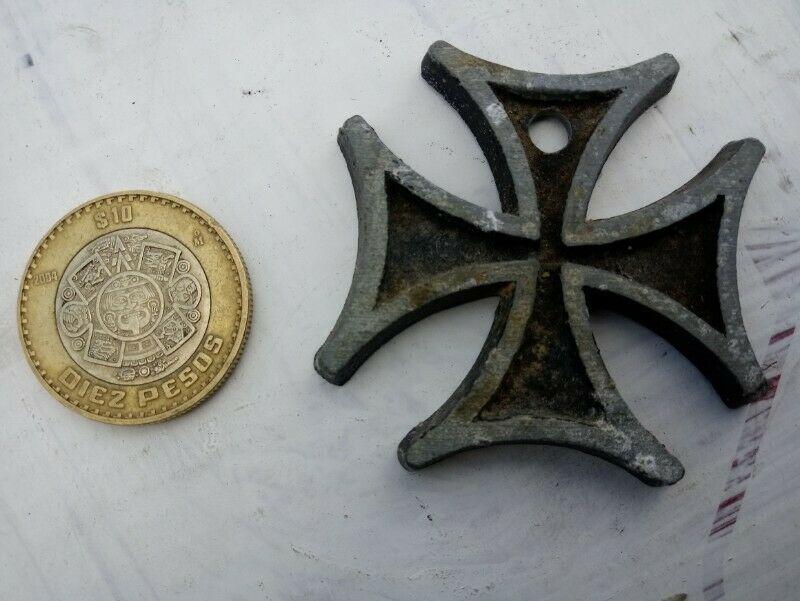 cruz de hierro meida antigua de los sesentas, para usarla de