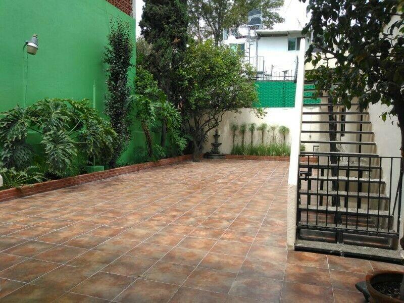 Lindo jardín colonia y terraza en Coyoacán para fiestas y