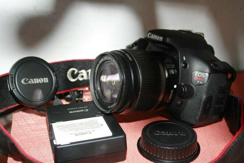 Camara Dslr Canon Eos T3i Con Lente Ef-s mm