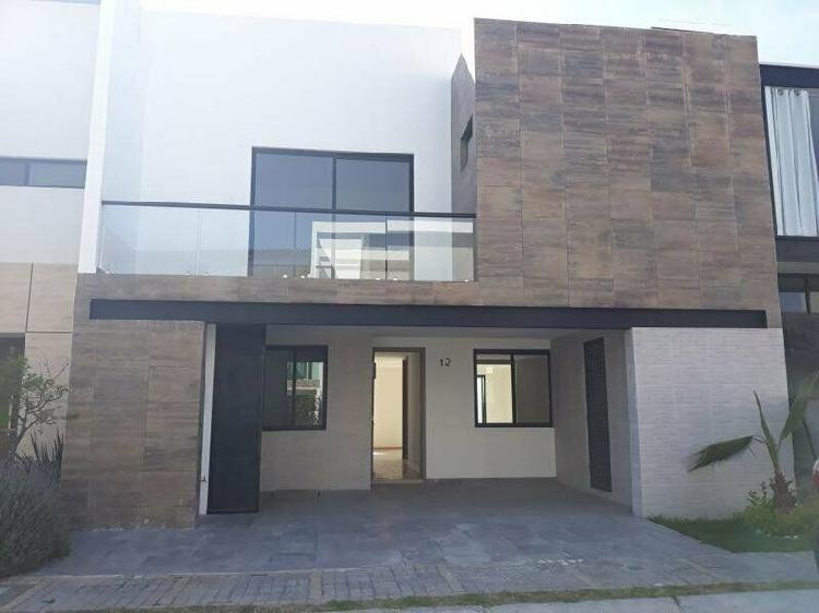 Casa En Venta En Lomas de Angelopolis Baja California /