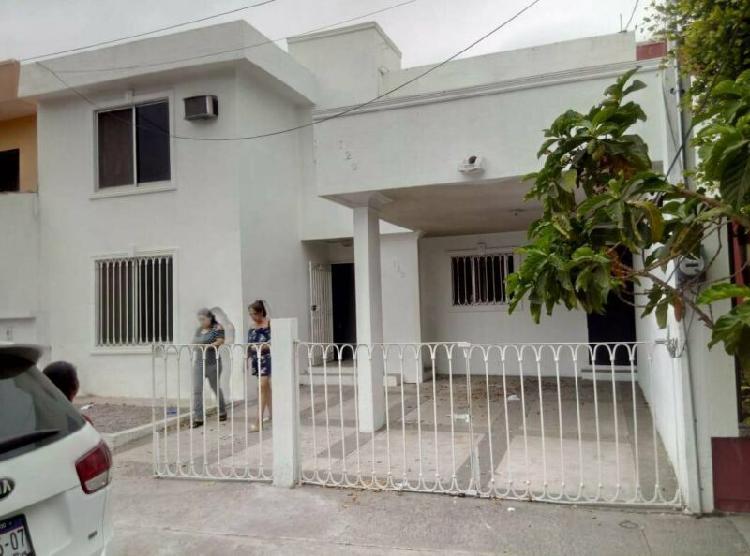 Casa - Fraccionamiento Lomas de Mazatlán /