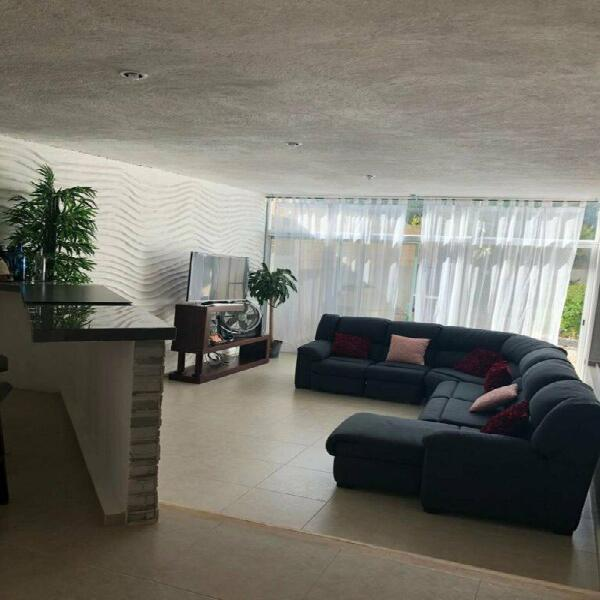 Casa amplia a la venta en Colonia Alfredo V. Bonfil Cancún.