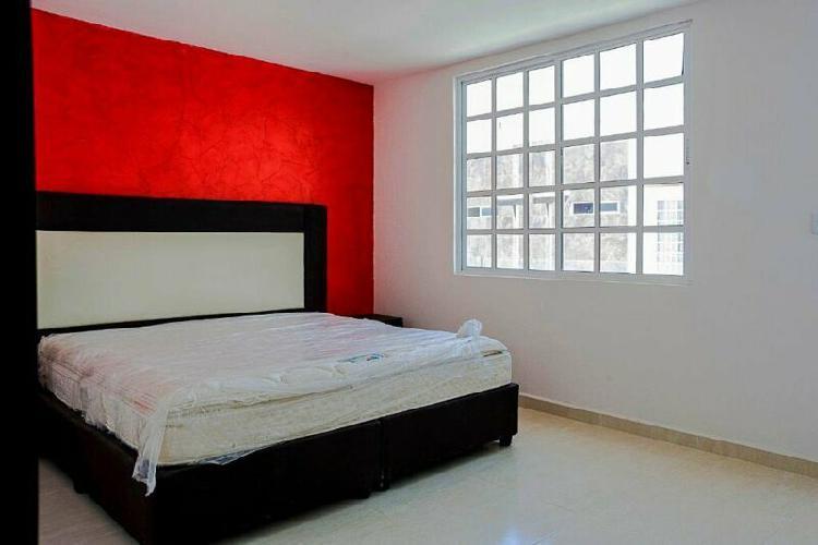 Casa nueva de 4 Recamaras, 4 baños, Roof Garden y Salon de