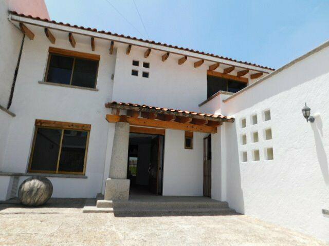 casa en renta ideal para oficinas centro sur Queretaro