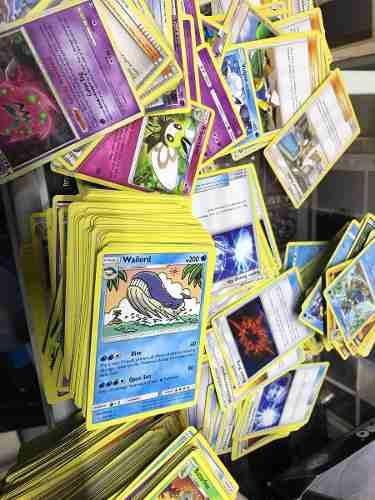 100 Cartas De Pokémon Al Azar