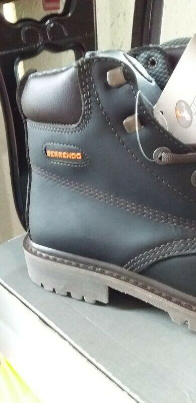 Botas de piel vacuno con casquillos nuevas de marca