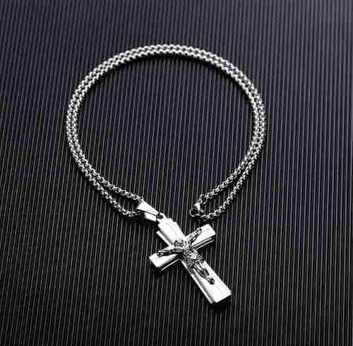 Collar Cristo Cruz Jesús Titanio + Baño 14k + Envío