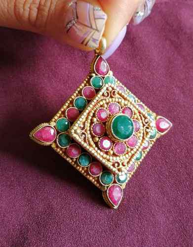Dije Ghau Tibetano Esmeralda Rubi Plata Artesanal Único