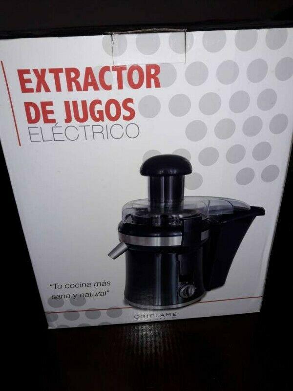 Extractor de jugos nuevo en su caja. Llevatelo en 750 pesos.
