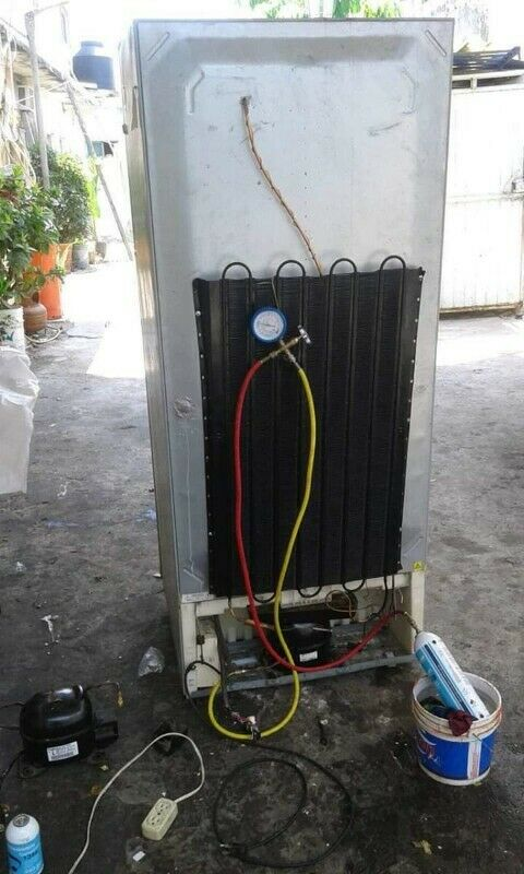 Limpieza y Reparación de Refrigeradores y Neveras