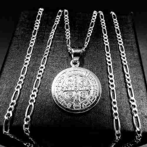 Medalla San Benito Y Cadena En Plata Fina 925 De 3cm Y 50cm