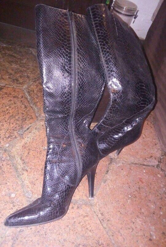 OPORTUNIDAD UNICA!!! Lote de zapatos de mujer
