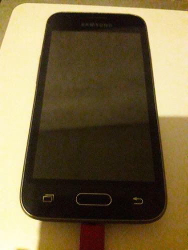 Telefono Samsung J1 Mod-j105b