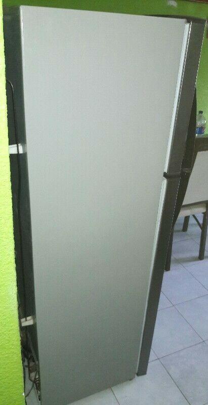 Vendo Refrigerador Mabe de 10 pies en Excelente estado