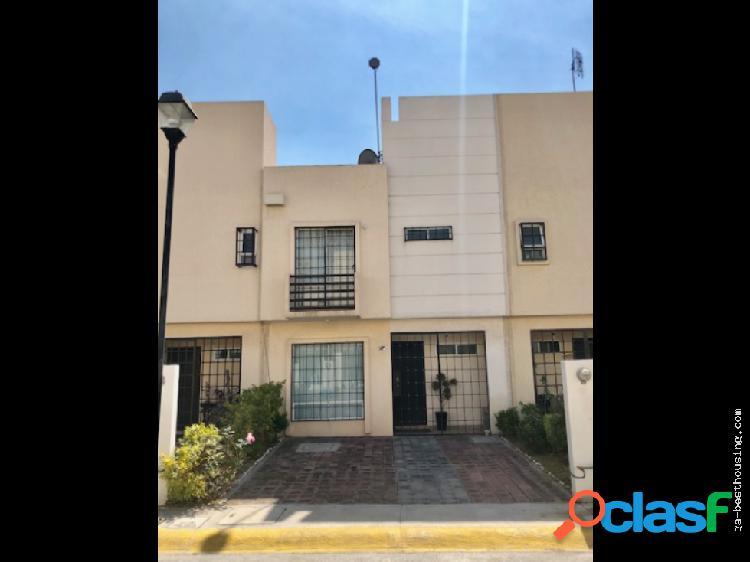 Bellísima Casa en Fracc. Las Américas IV, Ecatepec