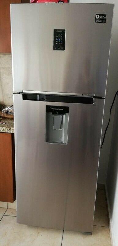 Refrigerador Samsung 14 pies³ con Fábrica De Hielo