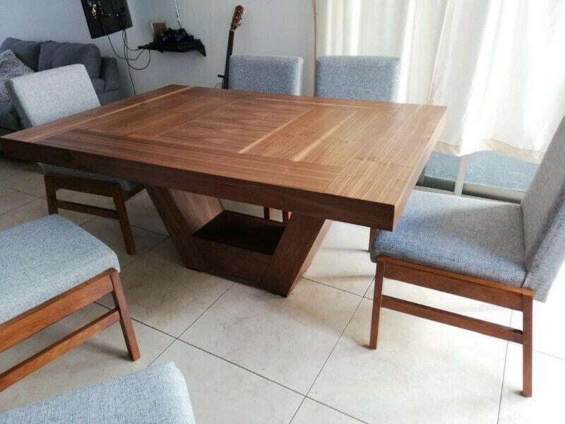 Comedor acabado madera con 6 sillas Sevilla