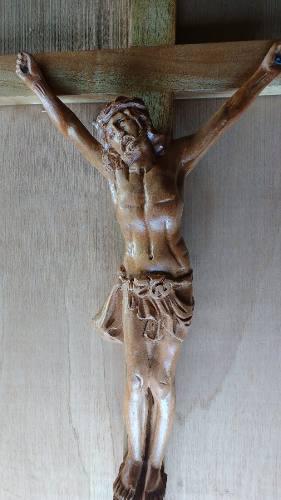 Cristo Tallado En Madera