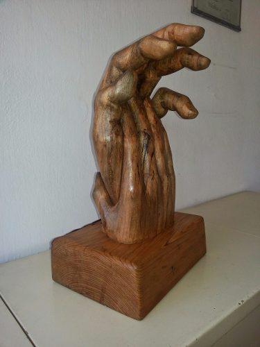 Escultura De Madera De 31x22x50cm Tallada A Mano