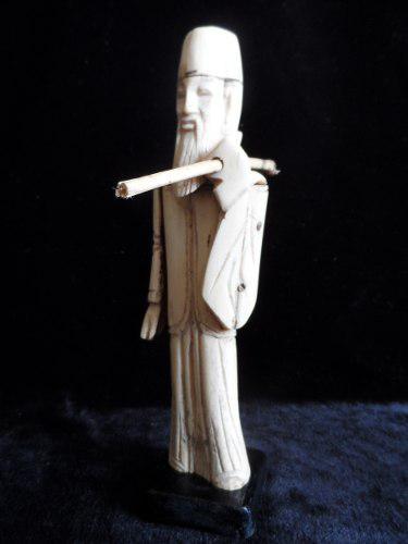 Escultura Tallada En Hueso Antigua Xviii Figura A Mano