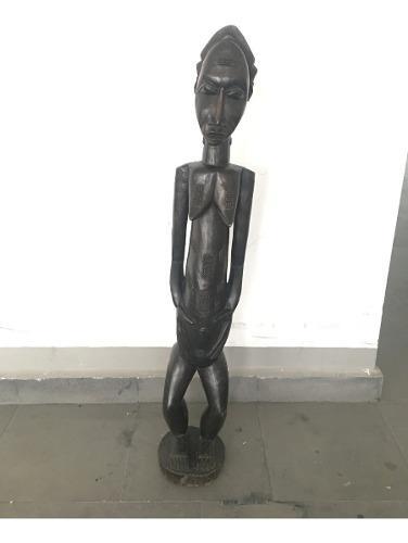 Figura Africana De Maternidad Tallada En Madera