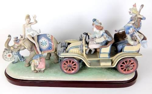 Figura Porcelana Lladro Llega El Circo Con Certificado