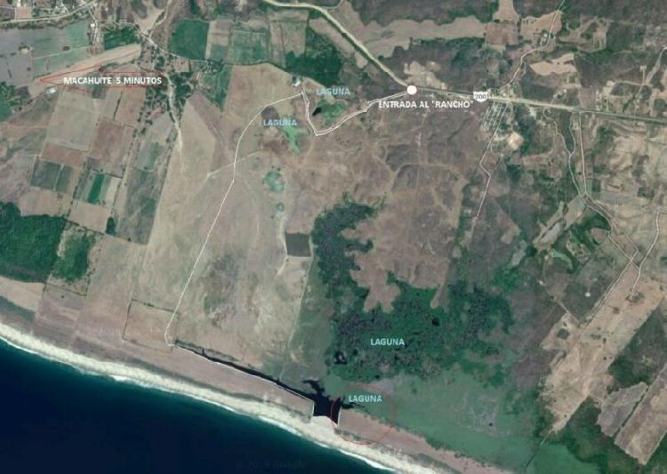 Terreno en venta en frente de Playa Macahuite, a 40 minutos