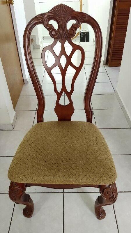 Venta de 8 sillas de comedor