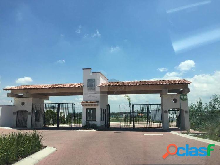 Terreno habitacional en venta en Ciudad Maderas Residencial