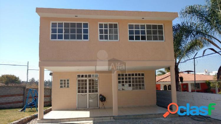 Casa en Venta en Fraccionamiento Comanjilla a 5 minutos de