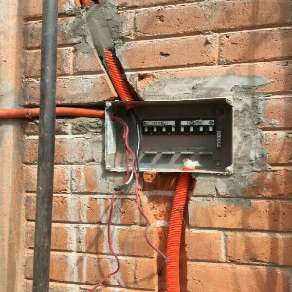 ELECTRICISTA - Anuncio publicado por EDGAR NARANJO