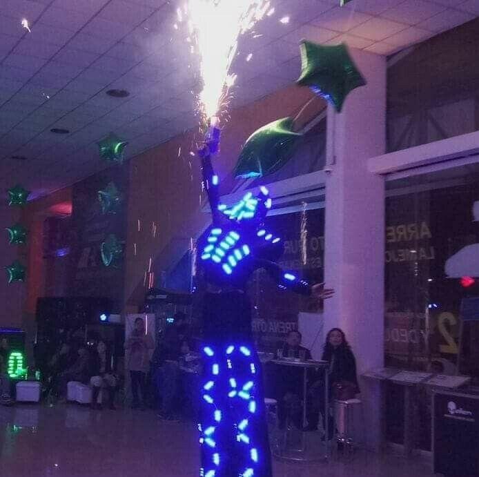 ROBOT DE LEDS PARA TODO TIPO DE EVENTO