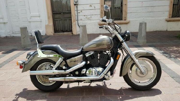 Honda shadow sabre 1100 cc año 2006
