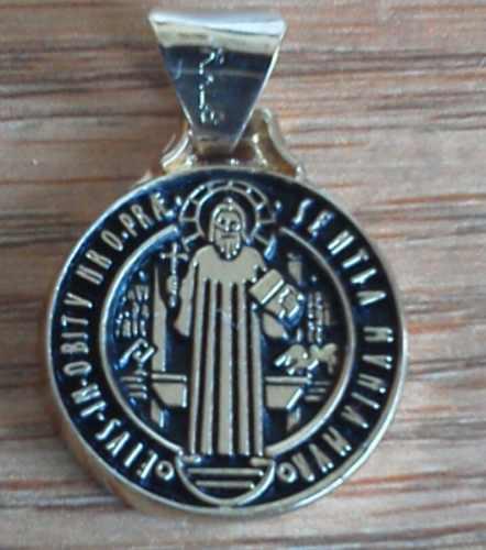 San Benito Medalla Chapa De Oro Talisman De Proteccíon