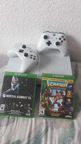 Consola Xbox One S De 1t, 2 Controles, 2 Videojuegos