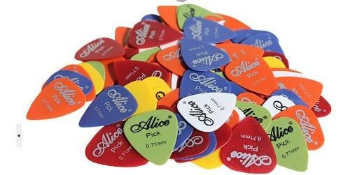 Paquete Con 100 Puas Para Guitarra O Bajo Alice Calibre