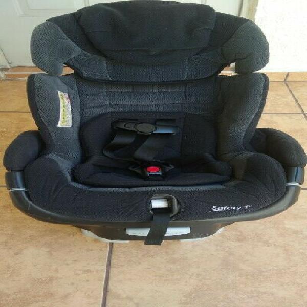 Vendo silla de auto para bebé marca Safety
