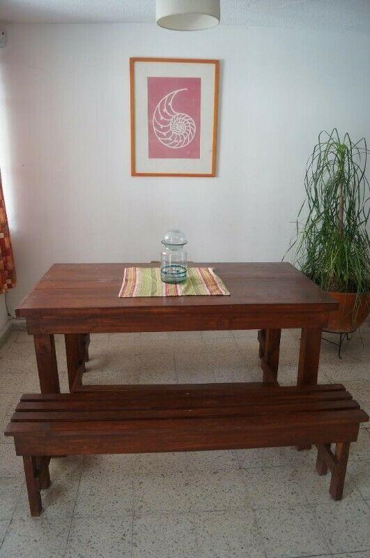 mesa de madera (usada)
