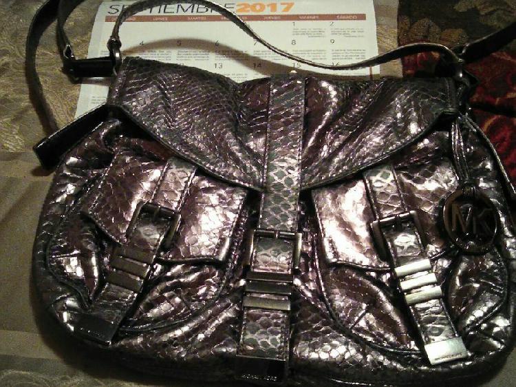 Bonita bolsa Michael Kors auténtica