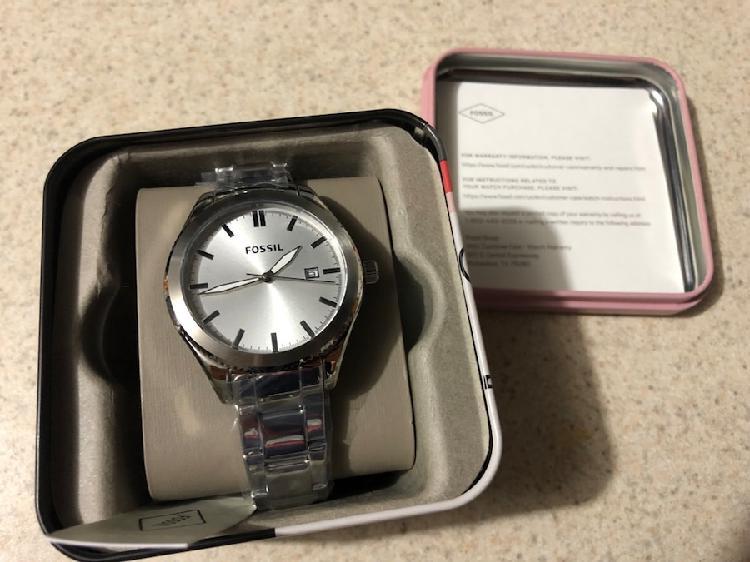 Reloj para mujer nuevo