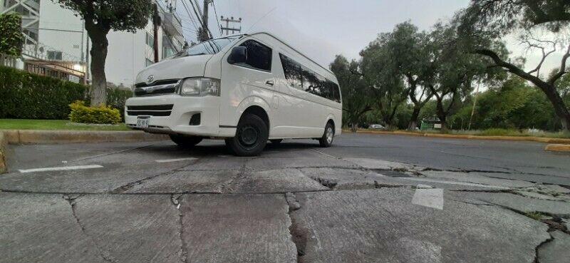 Renta de Camionetas con chófer 14 Pasajeros