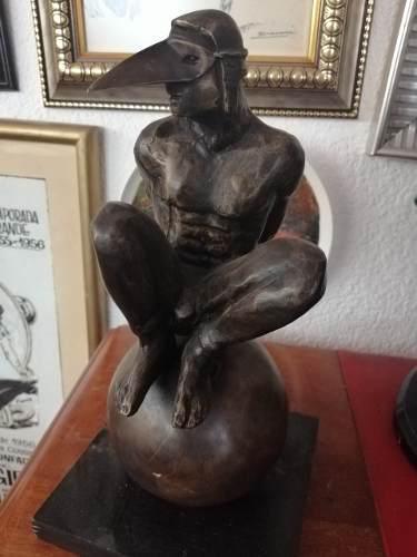 Escultura De Bronce Hombre Pájaro Figura De Bronce Y Base