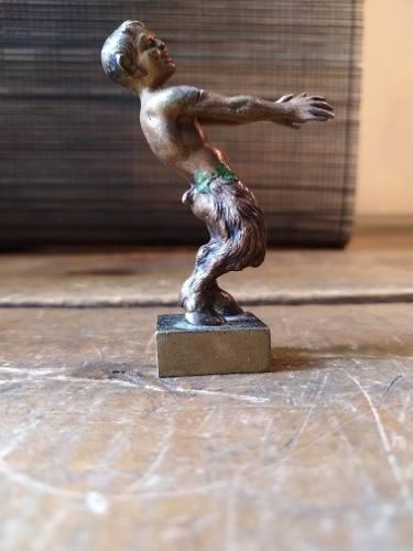 Escultura De Fauno De Bronce Antiguo
