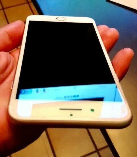 Iphone 8 Plus, 64 GB, color oro (rosa), en excelentes