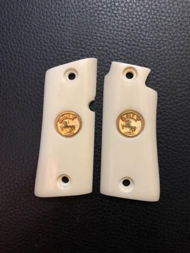 Cachas Colt 380 Mustang Pocket Medallón Colt Oro O Plata