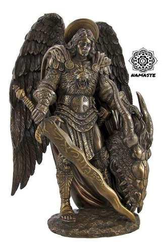 Figura De San Miguel Arcangel Con Baño De Bronce