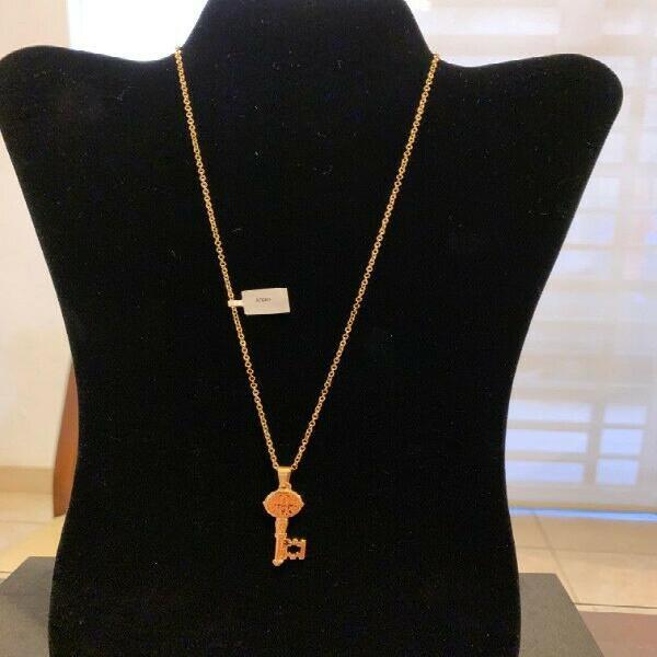 Collar Acero Inoxidable Dorado (Llave de San Benito)