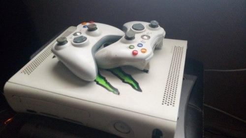 Xbox 360 Con Chip Rgh Dos Controles Y Disco Duro 120 Gb