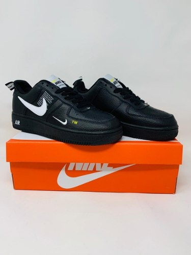 Tenis Nike Air Force One Utility Lvl 8 Black Aj