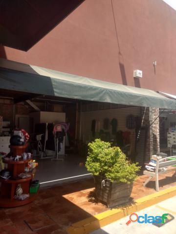 Se vende plaza comercial en Irapuato Gto.